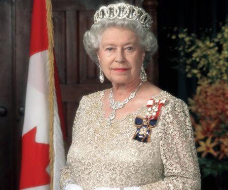 Elżbieta II pozdrowiła wolnomularzy