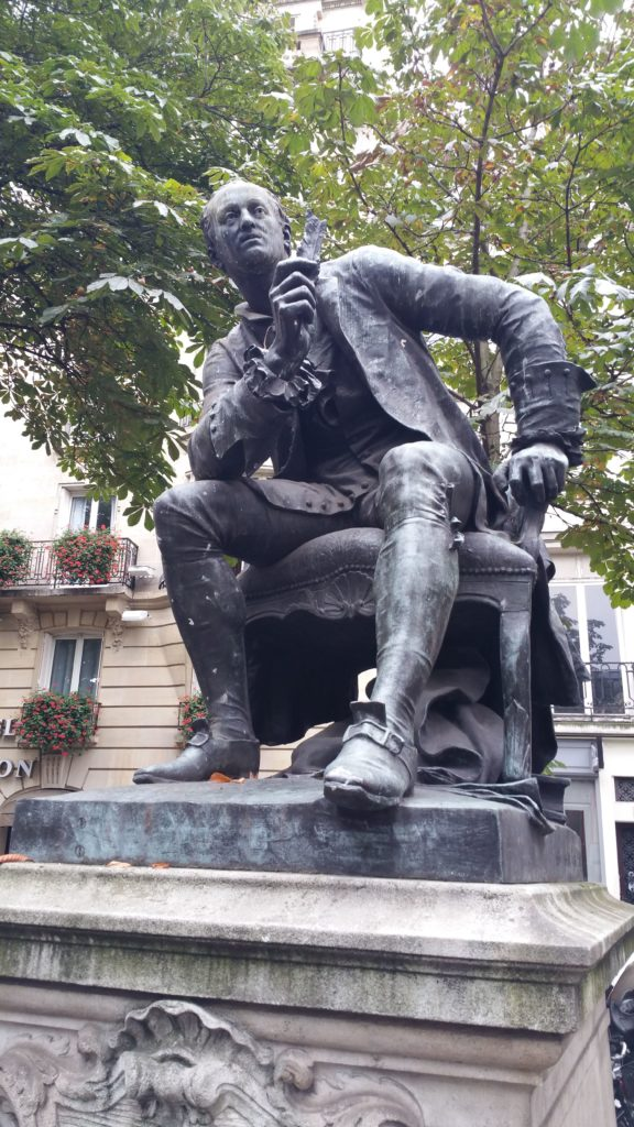 diderot_pomnik