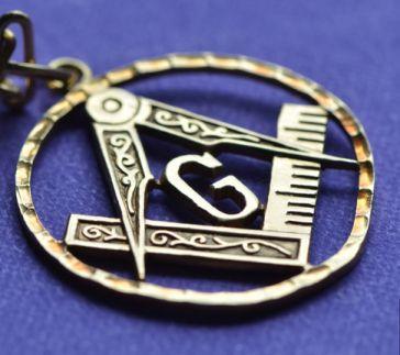 Masoneria według Normana Daviesa