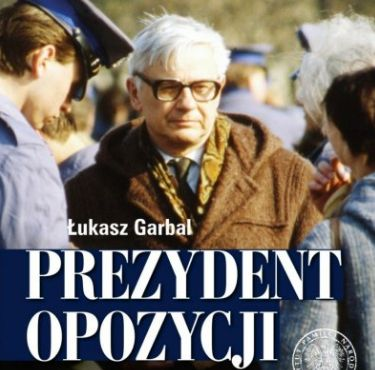 Jan Józef Lipski - biografia IPN