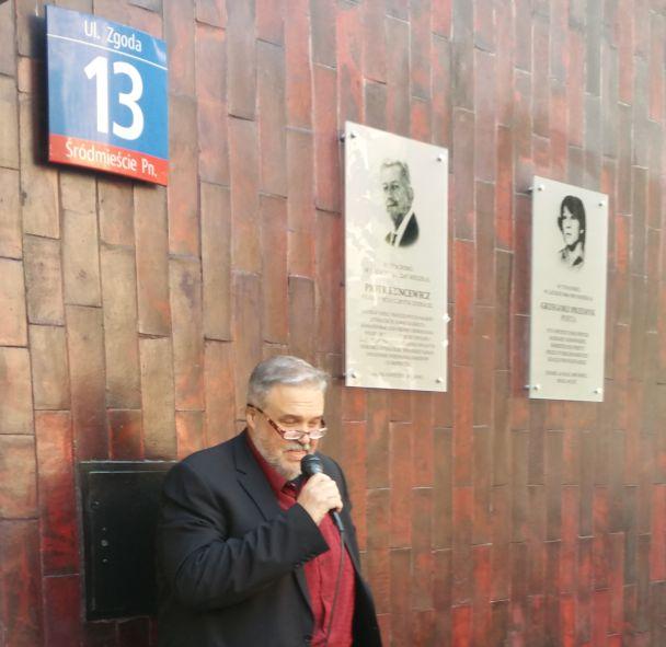 Odsłonięcie tablicy upamiętniającej Piotra Kuncewicza