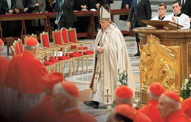 Hiszpańscy masoni chwalą Papieża